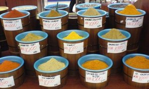 Spices_in_the_supermarket